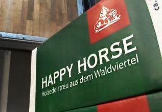 Happy Horse Holzedelstreu